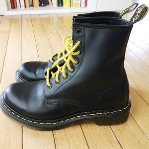 Black Dr Martens 1460 boots, US8/UK6 - like new!